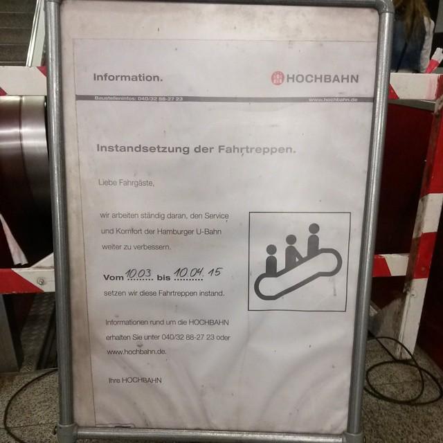 Die Rolltreppen stehen mal wieder zum Teil still am Schlump. #Ubahn #schlump #hamburg