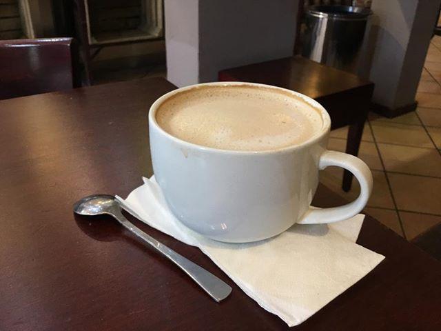Ein Coffee in Ehren, wer kann da schon nein sagen? #coffee #milchcoffee