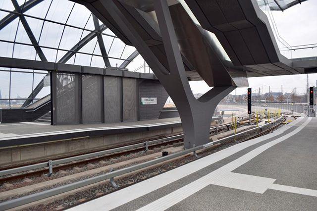 Ein paar Bilder der neunen Haltestelle Elbbrücken #ubahn #elbbruecken #hh #hh_lieben #hamburg #hafen #elbbrücken