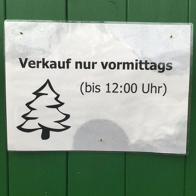 Es ist vorbei. # Verkauf #weihnachtsdeko #weihnachtsbaum